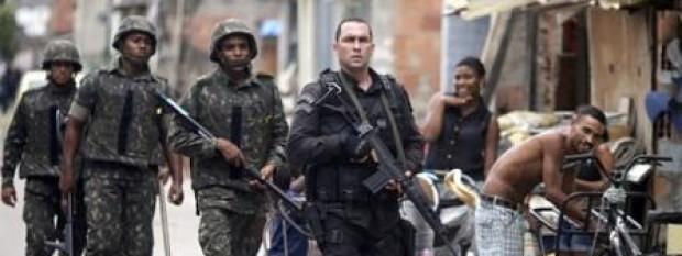 11111favela-mare-exercito