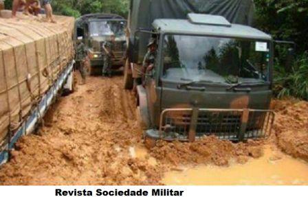 caminhão militar atolado na br 163